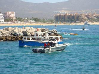 Sancionarán a turisteros que no respeten área de bañistas en CSL