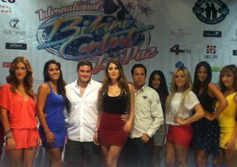 Fin de semana de bikini en El Coromuel