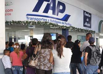 Extienden tarifas especiales para maestros y estudiantes en autobuses foráneos