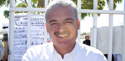 """Covarrubias Villaseñor indicó que no se trata únicamente de un derecho ejercer el voto, sino de """"una obligación de todos los sudcalifornianos""""."""