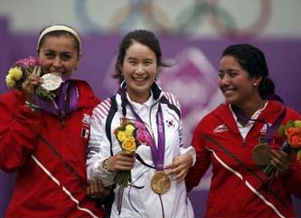 Derecha la flecha: dos medallas más para México