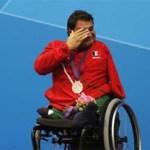 El nadador mexicano, Arnulfo Castorena, le dio a México la primera medalla en los Juegos Paralímpicos de Londres, al quedarse con la plata en la final de los 50 metros pecho SB2.