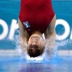 Paola Espinosa queda fuera del podio en la final de plataforma 10 metros individual .