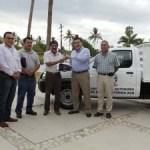 El Rector de la UABCS entregó unidad móvil para el Campo Pecuario de la universidad.