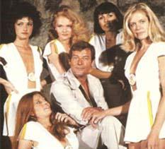 Al 007  sus ex esposas le pegaban, confiesa