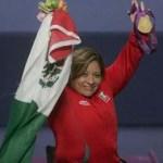 La mexicana se impone en la categoría de 60 kilogramos en powerlifthing y repite como monarca tras el oro de Beijing.