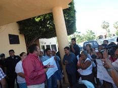 Se manifiestan colonos de Caribe Bajo y Tierra y Libertad