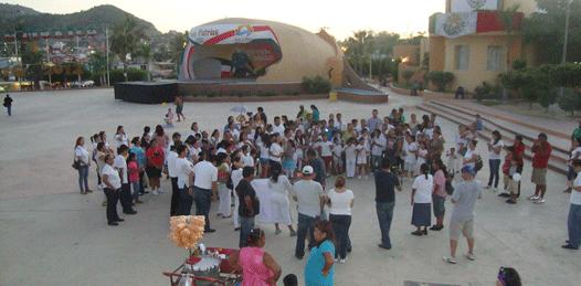 Con marcha, exigen esclarecimiento del asesinato del profesor Marcelo