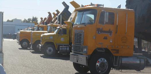 Se plantan camioneros en Palacio Municipal