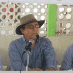 """Raúl Conde, """"El Huizapol"""", fue el mediador del evento, donde tomaron la voz Ramiro Ruiz Flores, Juan Moreno Carballo y Joel Antonio Estamates Arroyo."""
