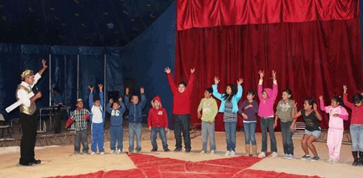 Ofrecen función de circo gratuita