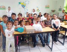 """Entregan desayunos a la primaria """"Chato Covarrubias"""""""