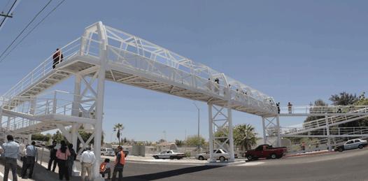 Inauguran Puente Peatonal frente al ITLP