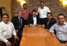 Busca Alcalde apoyos en la Cd. de México