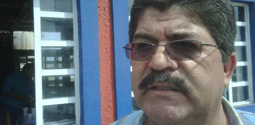 """""""No hay nada escondido"""" en su sueldo asegura Alfredo Reyes"""