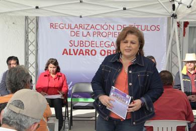 Entrega Alcaldesa títulos de propiedad en Ejido Álvaro Obregón