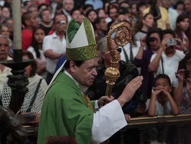 Va la Familia Michoacana contra el Cardenal Rivera