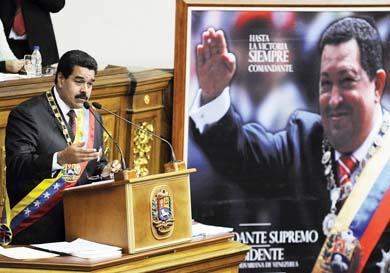 Reajusta Maduro su gabinete económico