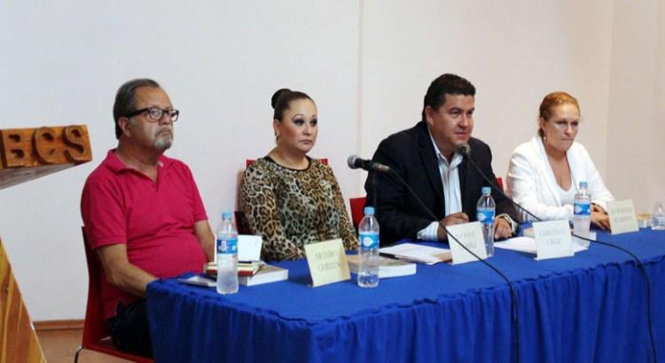 """Presentan """"Estrategias para un desarrollo sustentable frente a las tres crisis"""""""