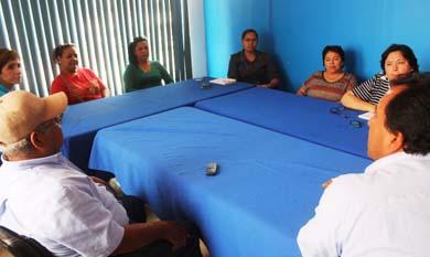 Se reúnen autoridades con dueños de guarderías
