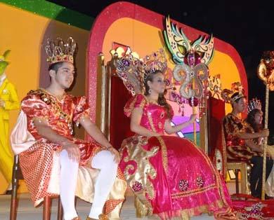 Exitoso inicio del Carnaval Loreto