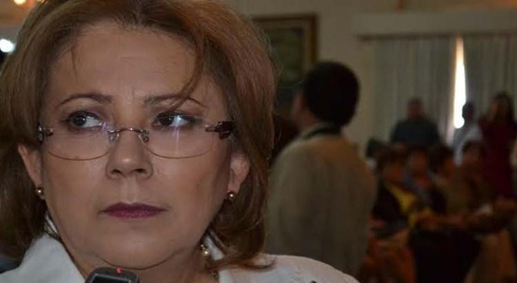 """""""Que no le mueva"""" pide Oficial Mayor a Rosa Delia"""
