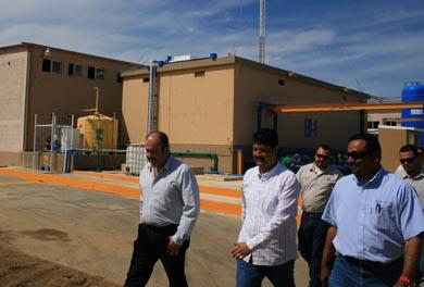 Supervisan instalación de equipos en desaladora de CSL