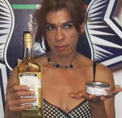 Detenido por robar tequila y atún en Ley