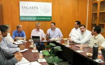 Visita el senador Barroso delegación de la SAGARPA