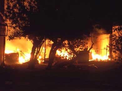 Dos incendios dejaron en la calle a 8 personas