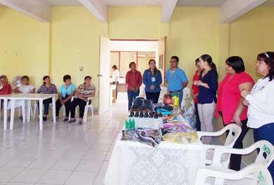 Inauguran taller de la elaboración de calzado