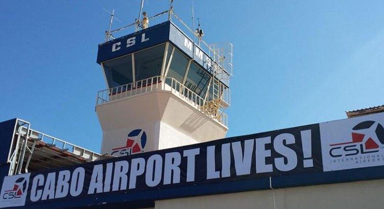 Opera regularmente el Aeropuerto Cabo San Lucas