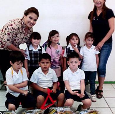 Entrega DIF Mulegé apoyo a Jardín de Niños