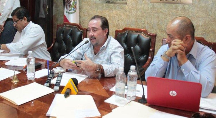 Declara Cabildo en pérdida total 95  vehículos destruidos por Odile