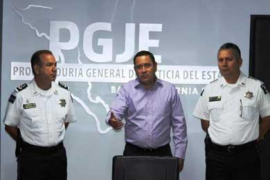 Capacitan federales a personal de la PGJE