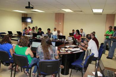 Participan docentes UABCS en taller de actualización de asignaturas