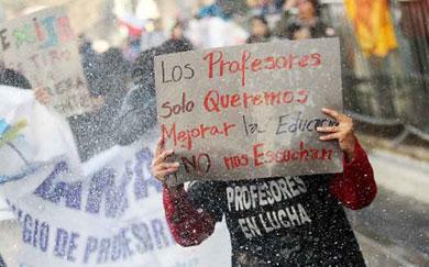 Mantendrán profesores chilenos paro indefinido