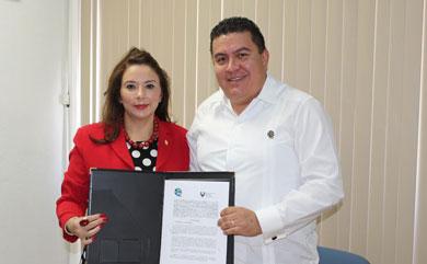 Consolidan lazos de cooperación UABCS y Universidad del Golfo de California