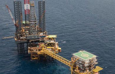 Quieren 4 petroleras trabajar en aguas mexicanas