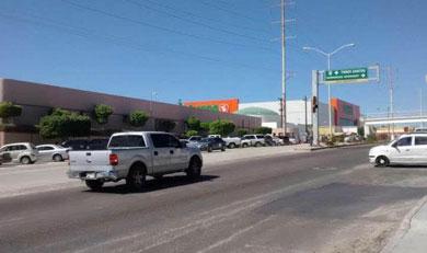 Urge reparen semáforo del IMSS de CSL