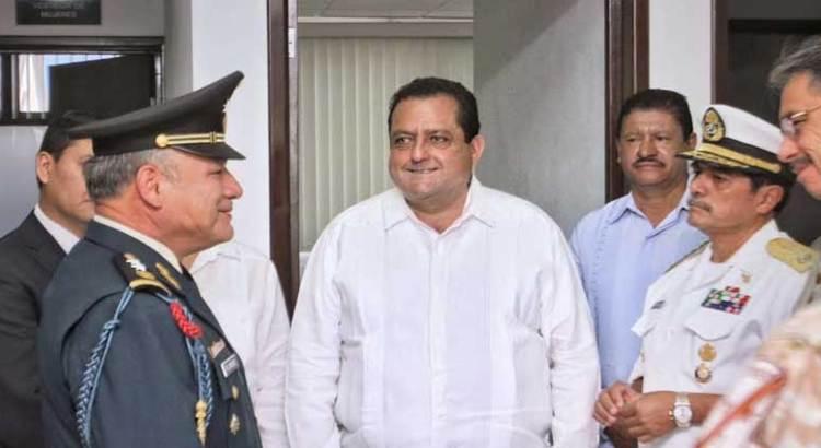 Encabezó el Gobernador el Día del Ejército Mexicano