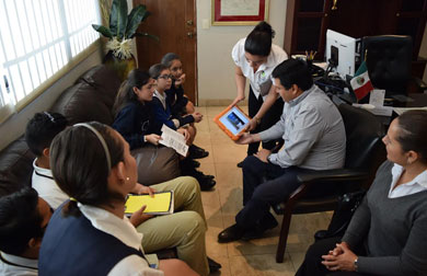 Presentan alumnos del Colegio Liceo proyectos sustentables