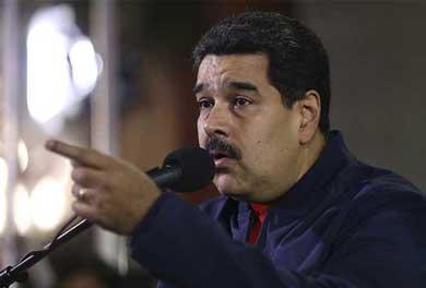 Destituye Maduro al Ministro de Economía