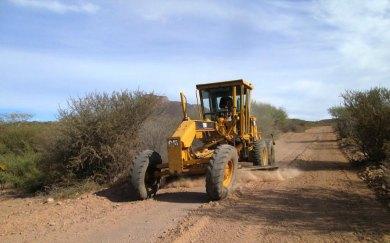 Rehabilitan  caminos rurales loretanos