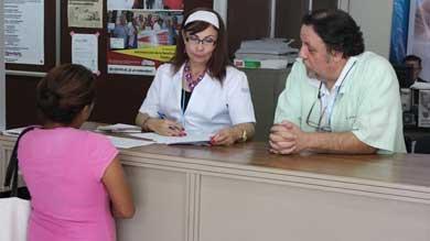 Entregará auxiliares auditivos a beneficiarios del Seguro Popular