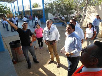 Llevan programa cívico a la Primaria Leonardo Gastelum