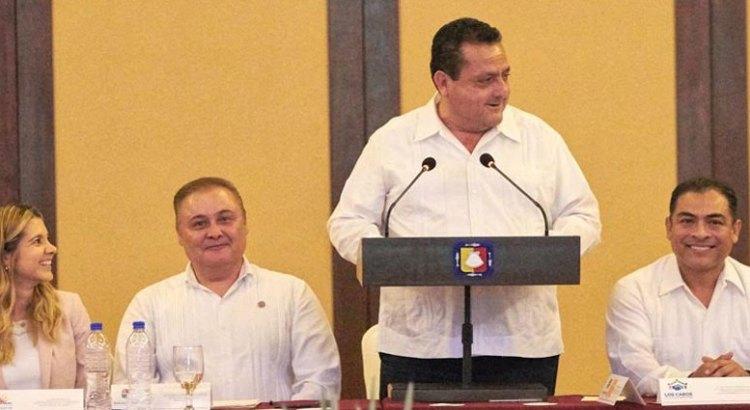 Firman convenio Secretaría del Trabajo, SNE, hoteleros  de Los Cabos y  ASUDESTICO