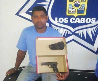 Andaba armado en la invasión Santa Rosa