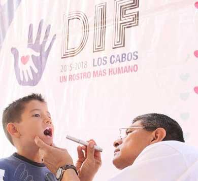 Lleva DIF Los Cabos Jornada Médico-Social