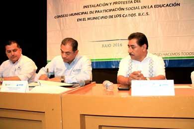 Rinde  protesta Consejo de Participación Social en la Educación